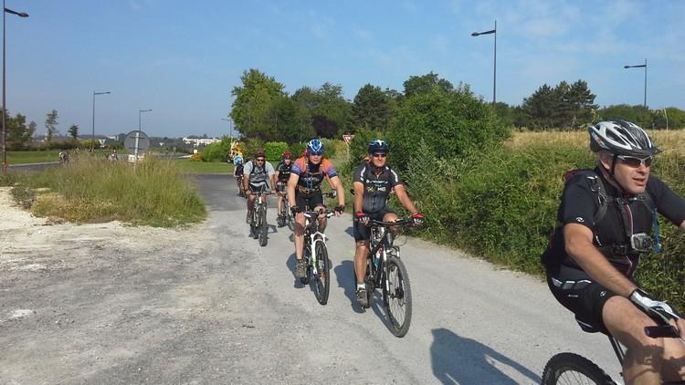 St Quentin fête du vélo 22/06/14 - Page 2 20140623