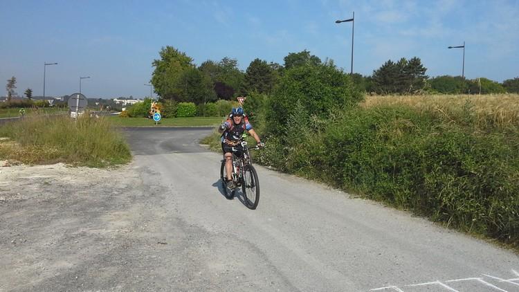 St Quentin fête du vélo 22/06/14 - Page 2 20140626