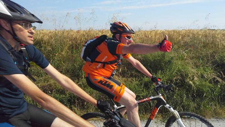 St Quentin fête du vélo 22/06/14 - Page 2 20140629