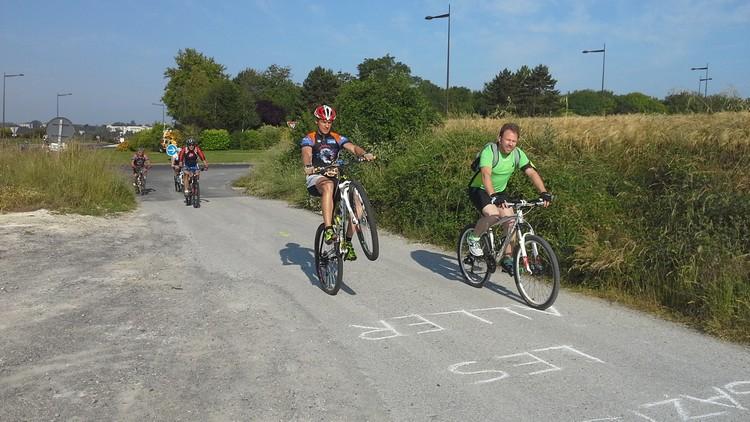 St Quentin fête du vélo 22/06/14 - Page 2 20140630