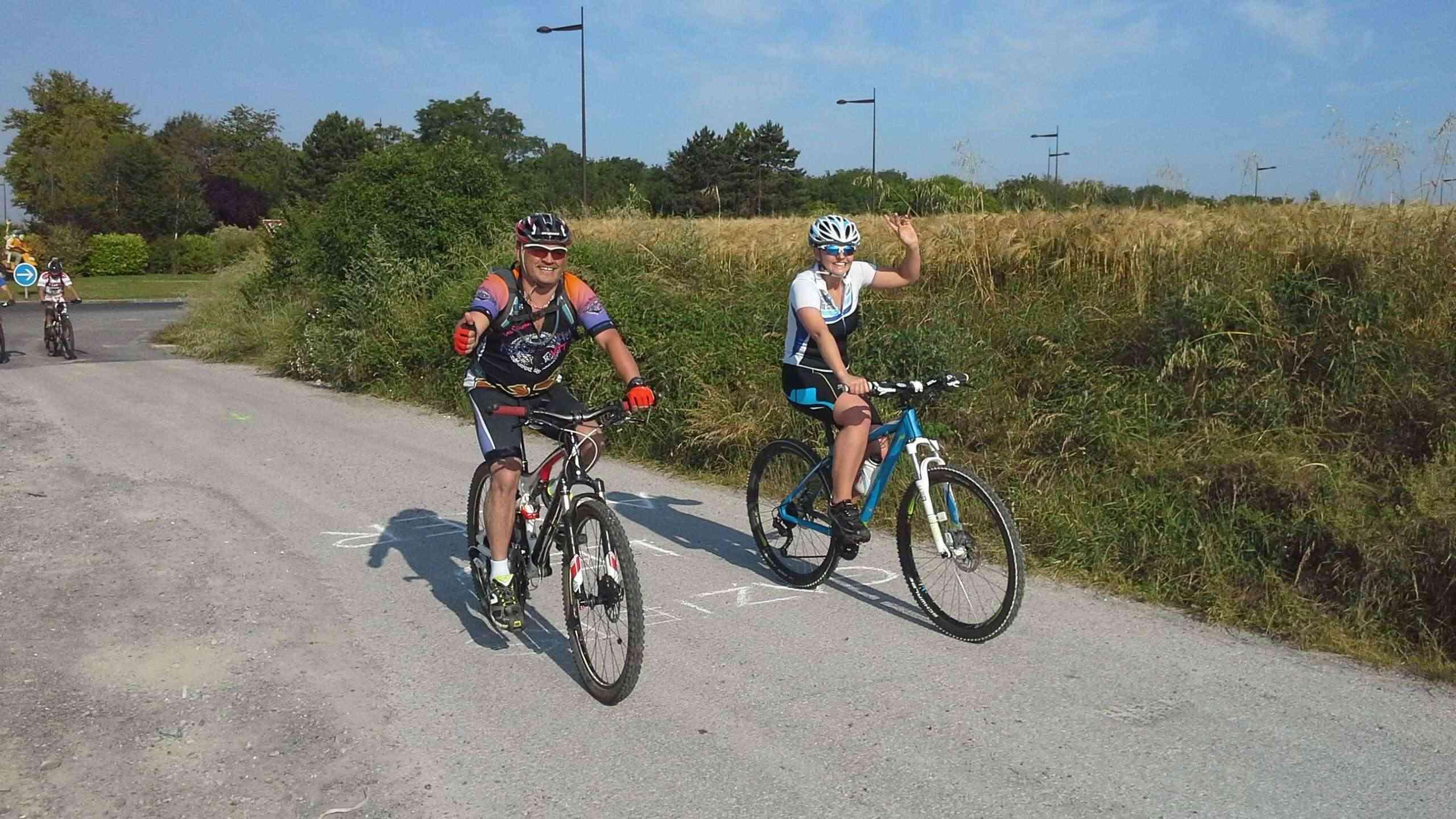 St Quentin fête du vélo 22/06/14 - Page 2 20140632