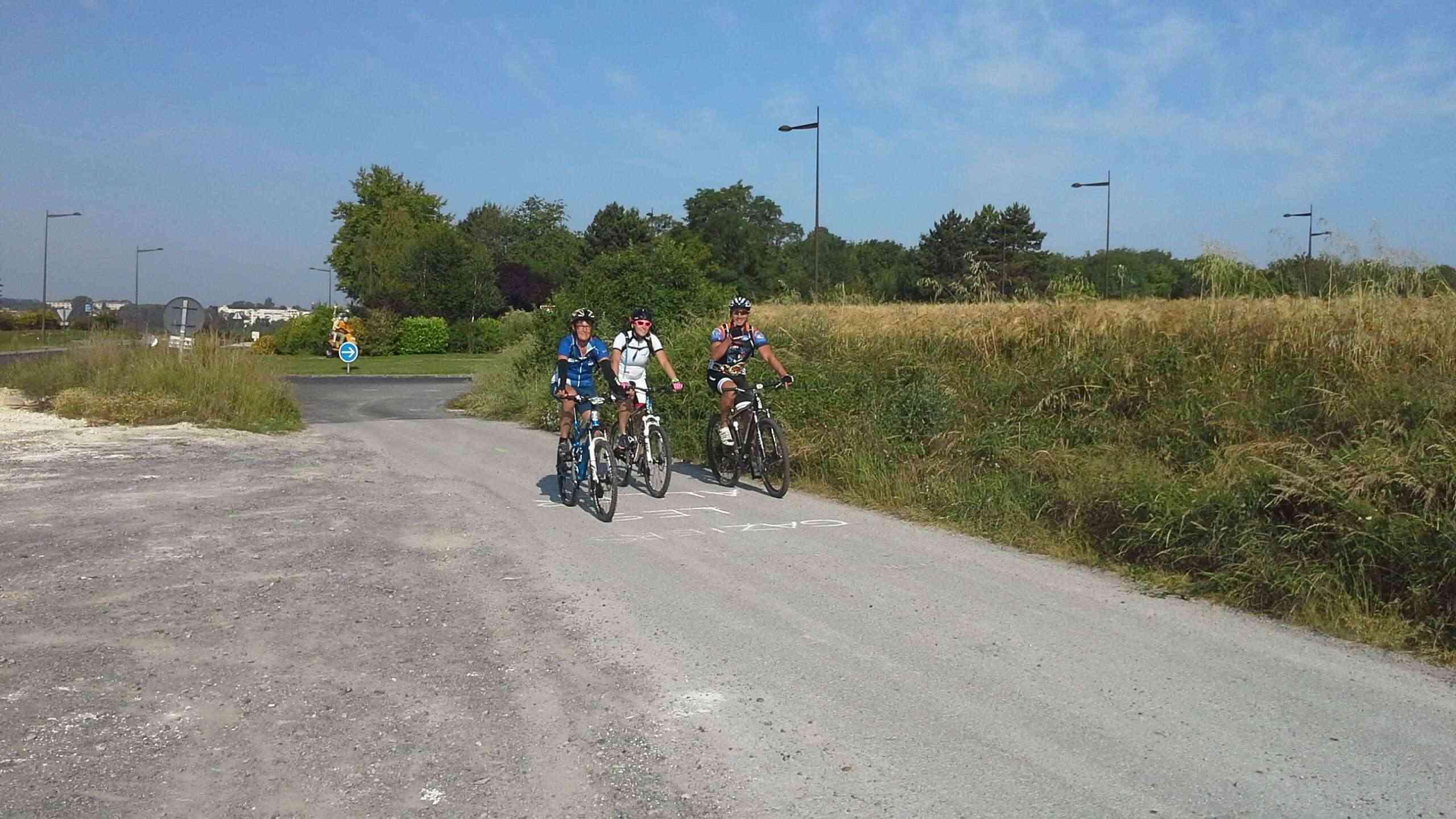 St Quentin fête du vélo 22/06/14 - Page 2 20140634