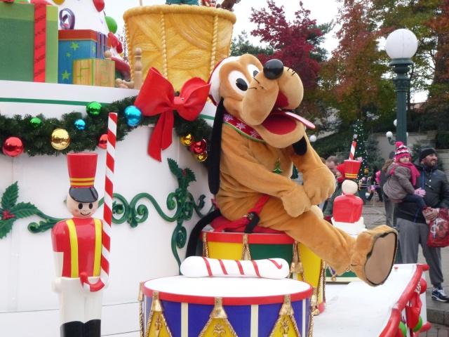 concours photos Walt Disney! Saison1: thème 10: étonnez-moi! (dernier thème avant la saison 2 - Page 7 P1050212