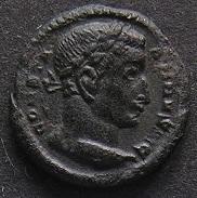Constantinus I à Marcianus Dscn7243