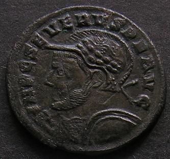 Constantinus I à Marcianus Dscn7510