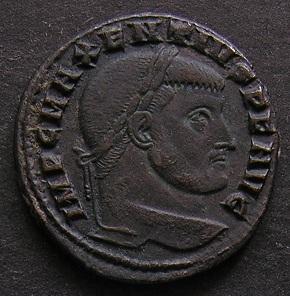 Constantinus I à Marcianus Dscn7514