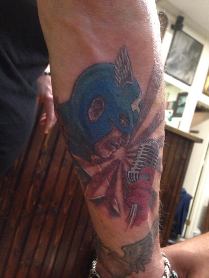Nouveau tatouage de Johnny 15123511