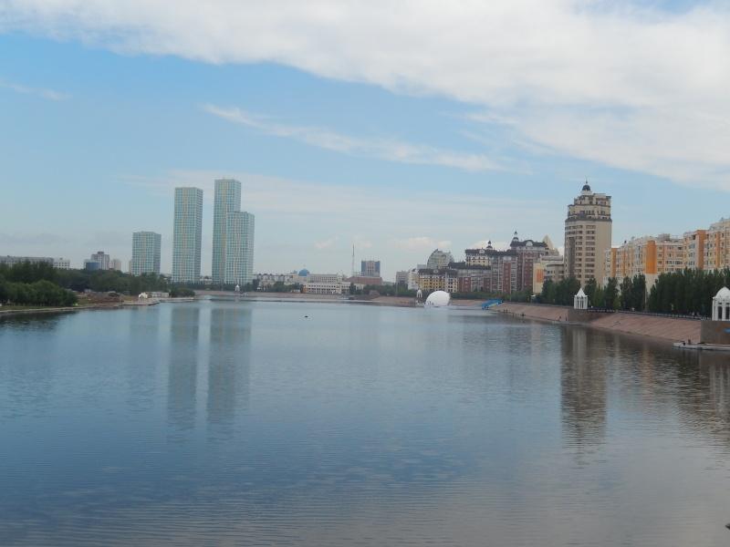 Passage de notre 17 ème frontière le 15.06.2014 Astana10