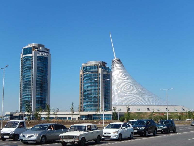 Passage de notre 17 ème frontière le 15.06.2014 Astana12