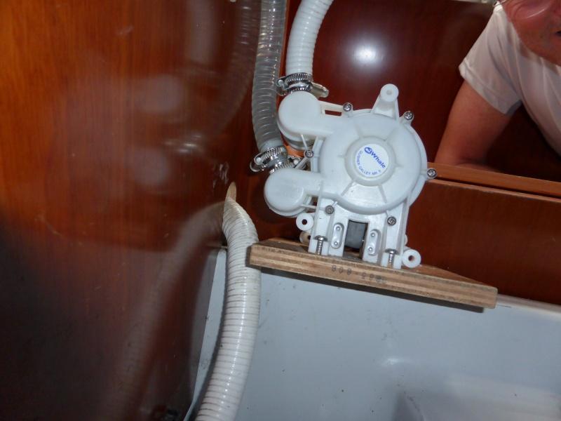 Pompe à pied eau de mer OC 393 P1000012