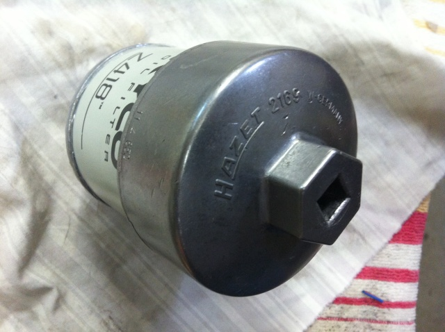 Oil Filter removal Img_1134