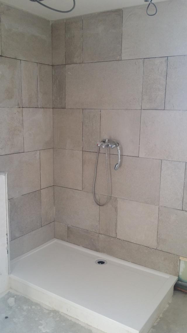 Besoin d'aide pour rénovation de salle de bain - Page 2 20140610