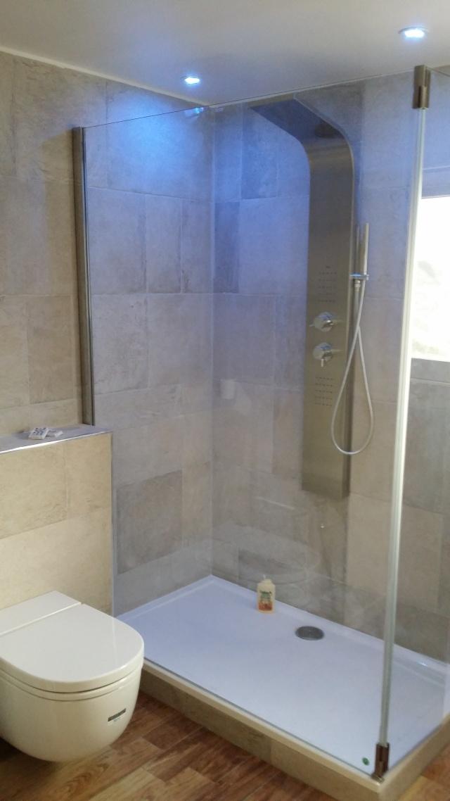 Besoin d'aide pour rénovation de salle de bain - Page 2 20140615