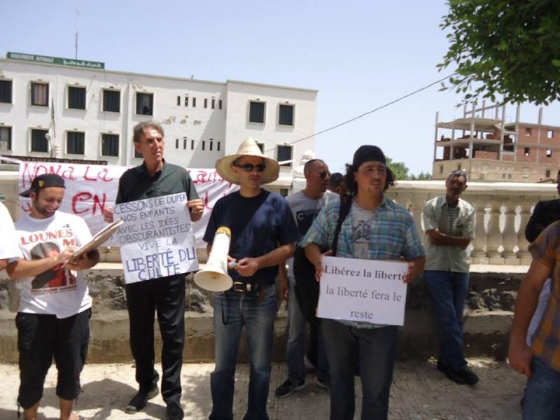 Aokas: Marche contre l'inquisition pour la liberté de conscience 05 Juillet 2014 - Page 6 10520096