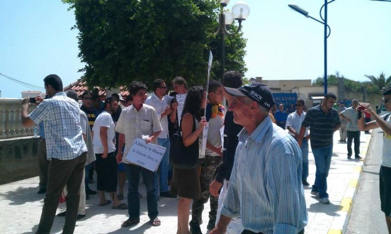 Aokas: Marche contre l'inquisition pour la liberté de conscience 05 Juillet 2014 - Page 7 10520103