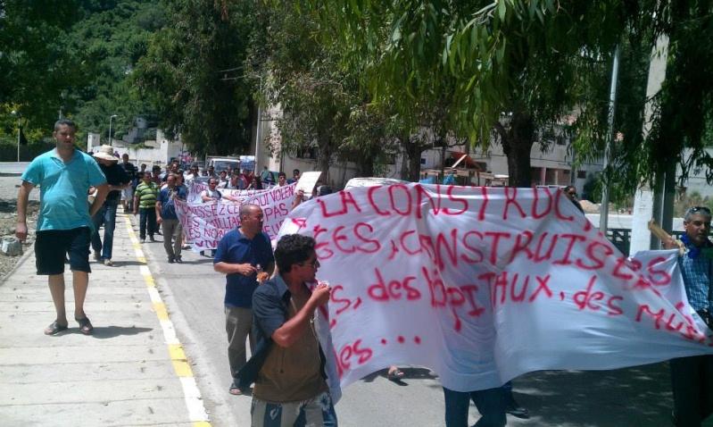 Aokas: Marche contre l'inquisition pour la liberté de conscience 05 Juillet 2014 - Page 7 10520121