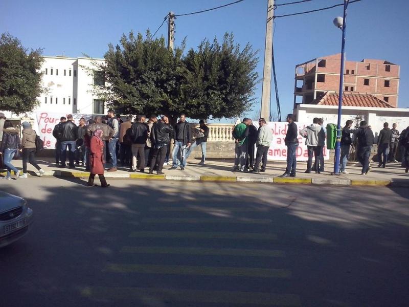 Rassemblement de solidarité avec Kamel Daoud à Aokas mardi 23 decembre 2014 - Page 2 1195
