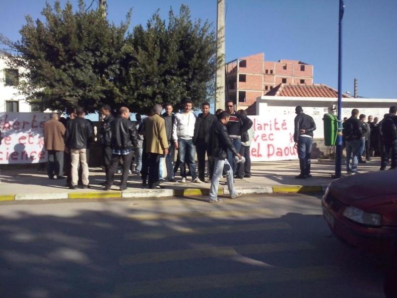 Rassemblement de solidarité avec Kamel Daoud à Aokas mardi 23 decembre 2014 - Page 2 1199