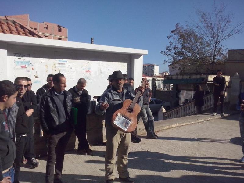 Rassemblement de solidarité avec Kamel Daoud à Aokas mardi 23 decembre 2014 - Page 2 1202