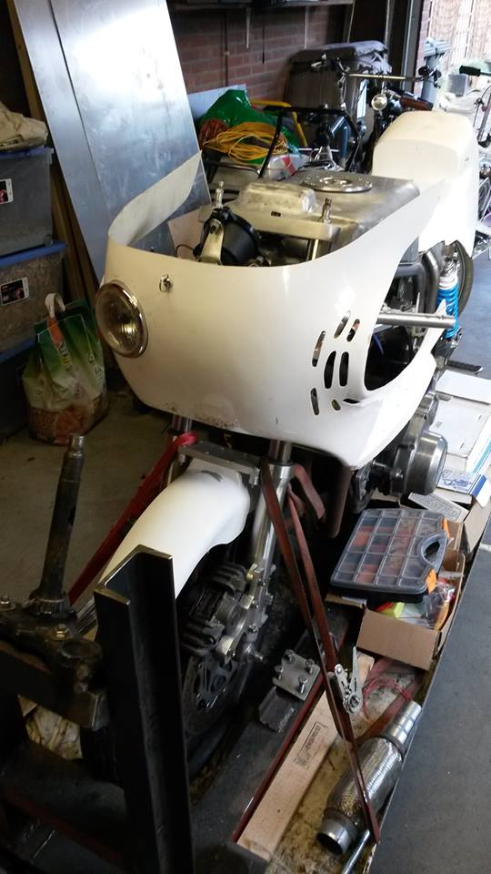 Suzuki gs1000r xr69 endurance replica - Page 7 10615410