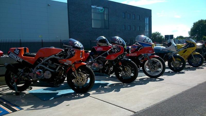 Honda rcb endurance replica - Page 2 Moto_m10