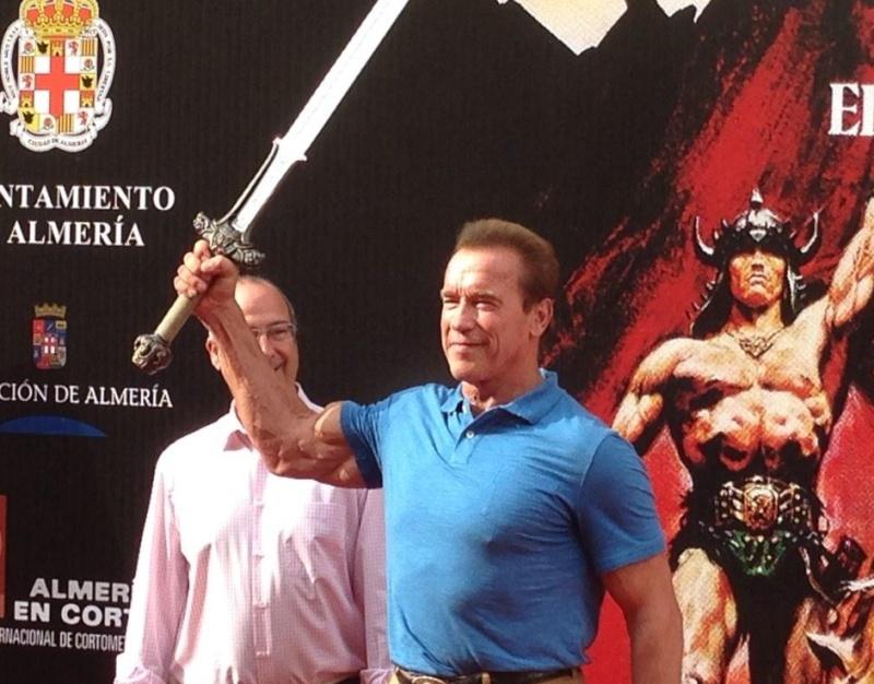 """NUEVA PELICULA con Schwarzenegger - """"THE LEGEND OF CONAN""""   - Page 11 10635810"""