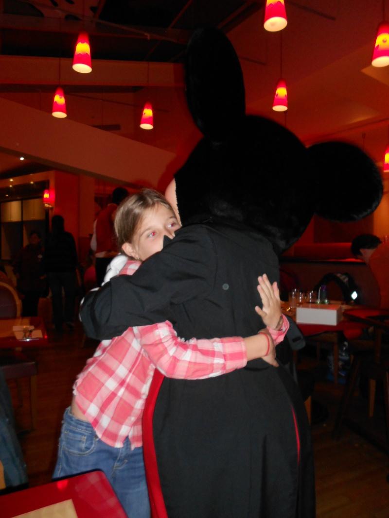 [TR] Séjour surprise pour les 10 ans de Chloé ! Du 13 au 15 Octobre 13 au Sequoia Lodge (FINI) - Page 3 Dscn0223