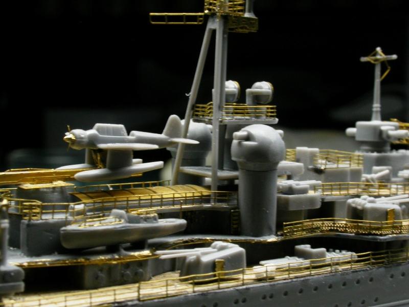 Montage Prinz Eugen au 1/700° Tamiya - Page 2 Dscn5528