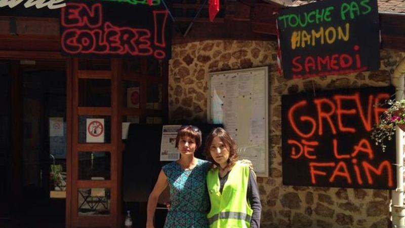 Evelyne Flacher, maire de Saint-Medard-en-Forez (Loire), entre en grève de la faim contre les rythmes scolaires. Pho94610