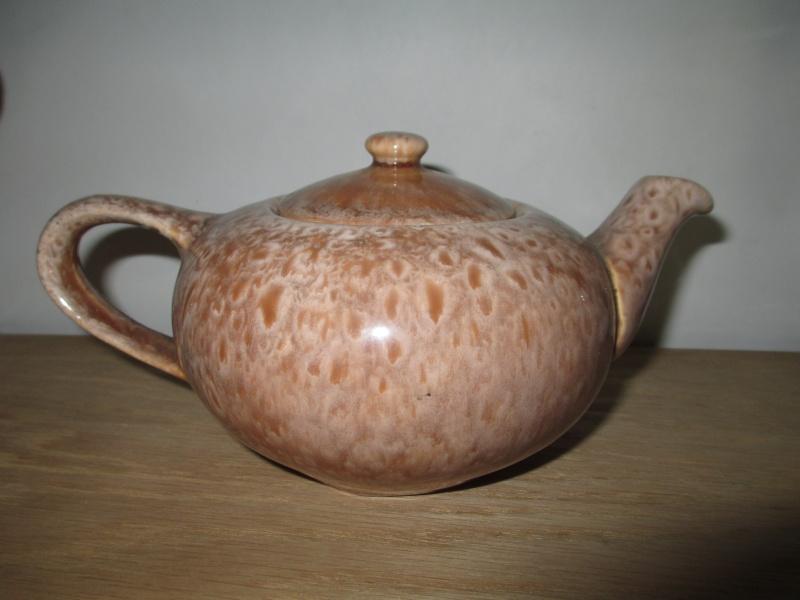 Ambrico Specials Dept Teapot 00310