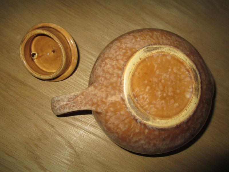 Ambrico Specials Dept Teapot 01210