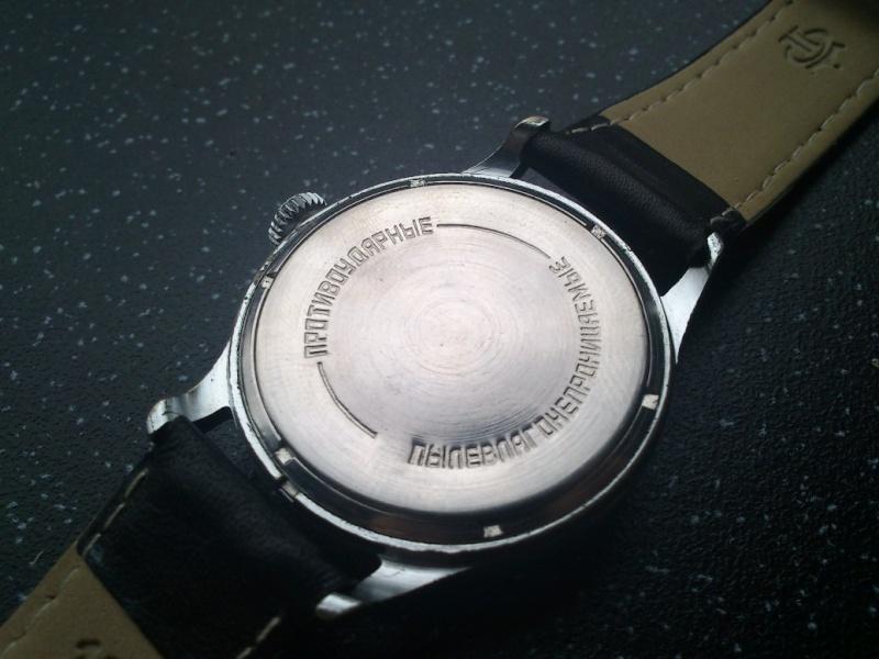 Une montre Volna - Page 4 Rvpm10