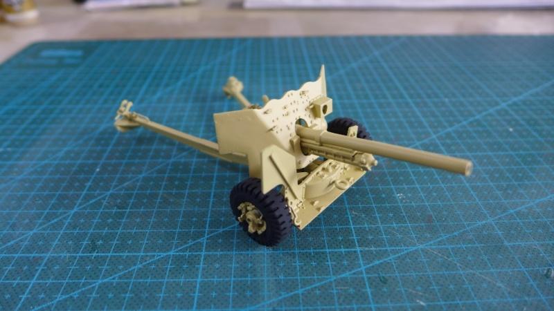 Bedford QL with 6 Pdr. AT Gun von Italeri 1:35 P1020020