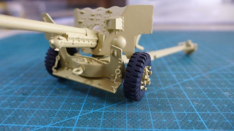 Bedford QL with 6 Pdr. AT Gun von Italeri 1:35 P1020021