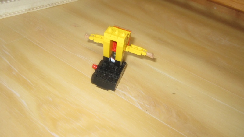 [FINI] Mannequin de chantier en Lego. Img_0612
