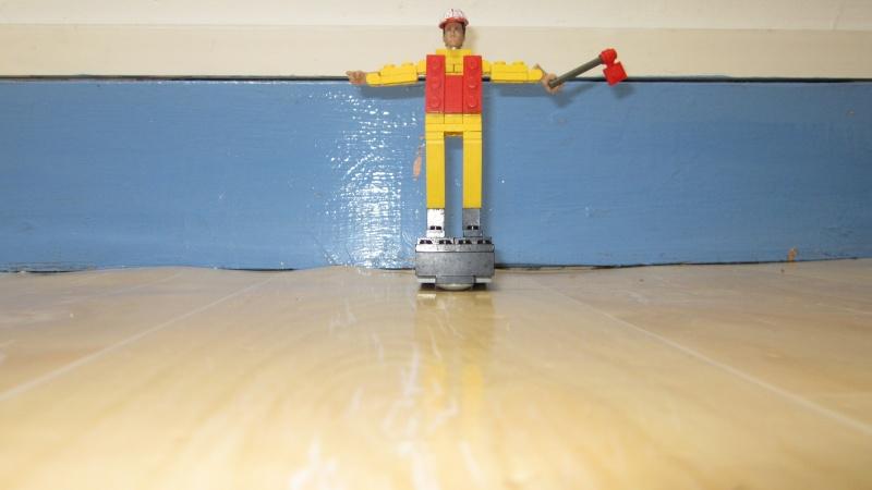 [FINI] Mannequin de chantier en Lego. Img_0614