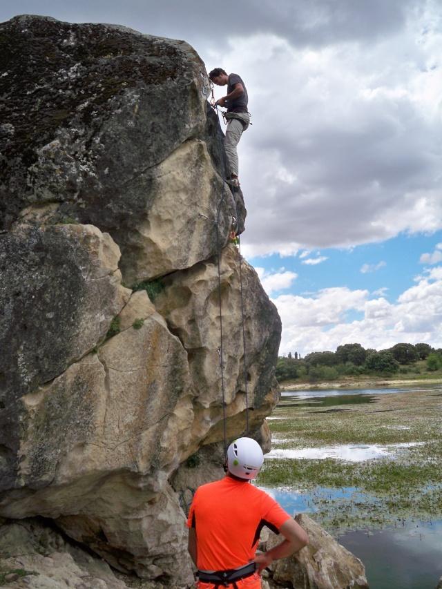 Escalada: domingo 1 de junio 2014 - El Vellón (Sectores Las Placas y Los Bloques) 100_8312