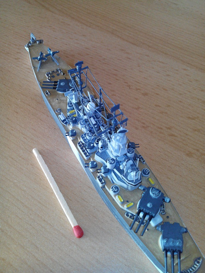 battleship.USS IOWA.kit revell 1/1200 10152510