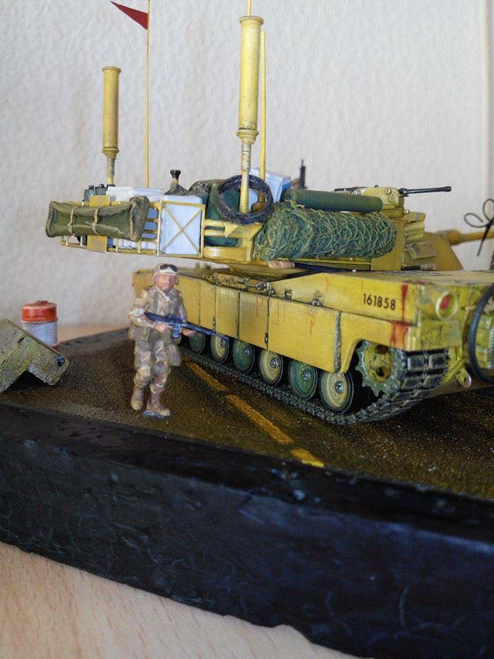 char lourd us.abrams M1 mine roller.1/72 trumpeter. - Page 7 10342910