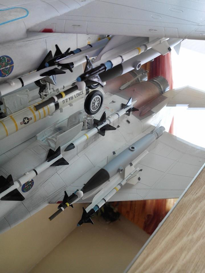 F 15C EAGLE.kit revell au 1/32 plus kit d'amelioration AIRES resine - Page 2 10404210