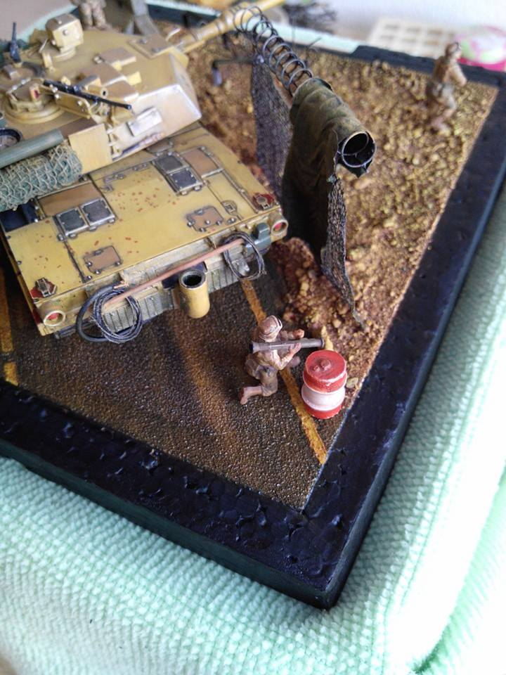 char lourd us.abrams M1 mine roller.1/72 trumpeter. - Page 7 10672310