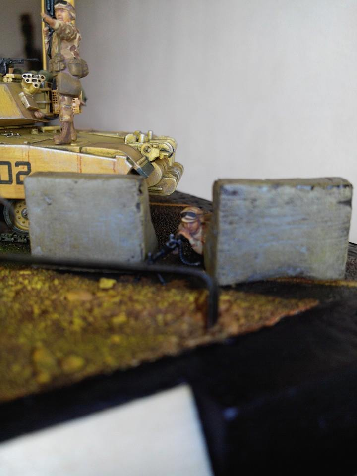 char lourd us.abrams M1 mine roller.1/72 trumpeter. - Page 7 10713010