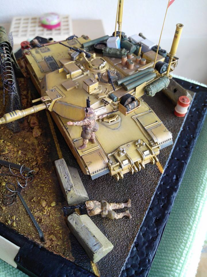 char lourd us.abrams M1 mine roller.1/72 trumpeter. - Page 7 10734110