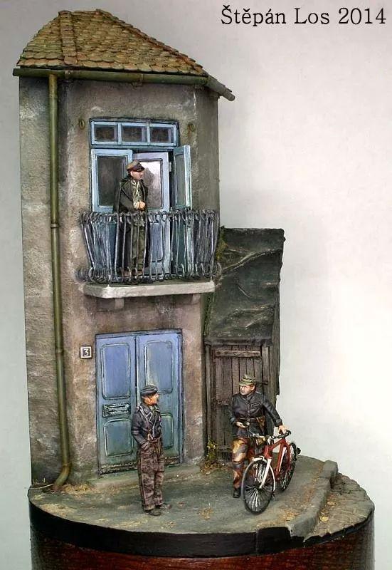 réalisation d'une base pour soldats WWII.1/35. Img_1011
