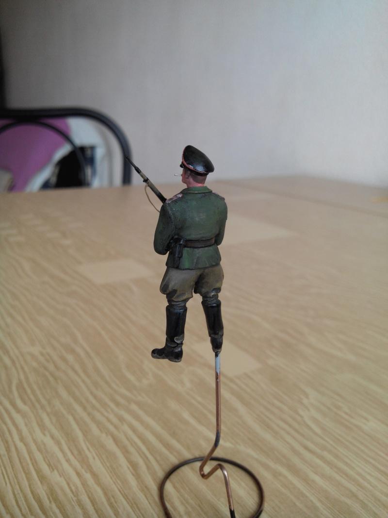 officier heer.1/35.resine adv - Page 2 Img_2391