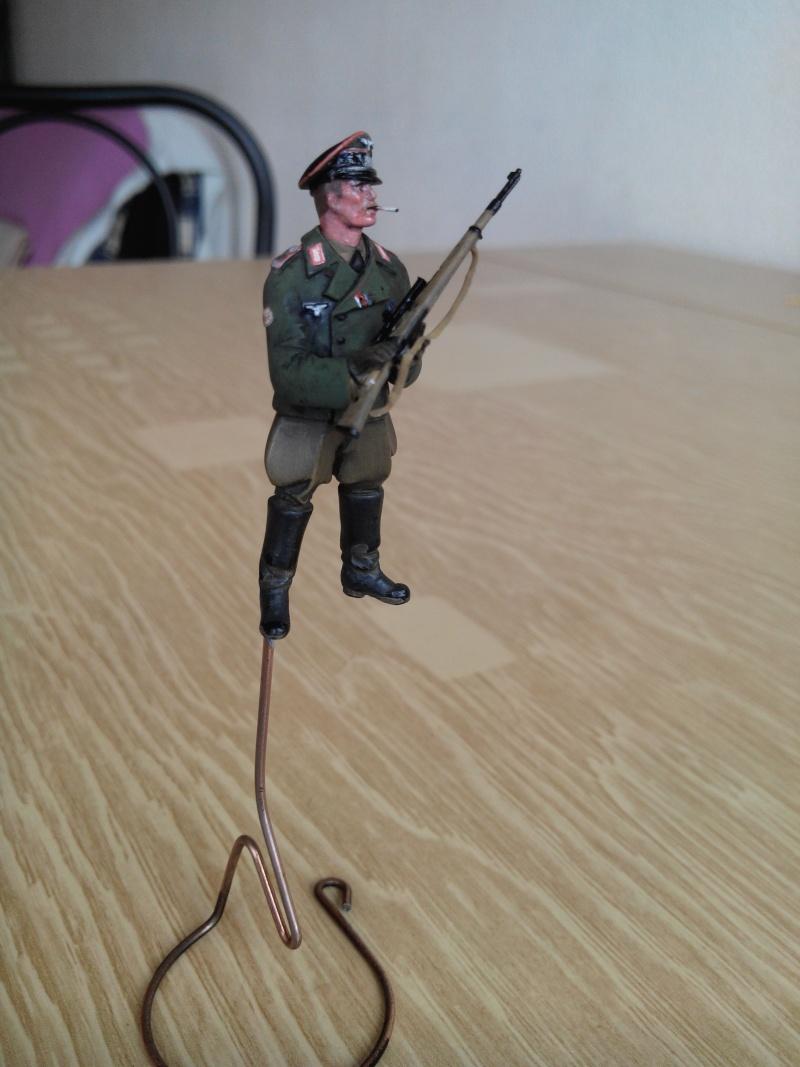 officier heer.1/35.resine adv - Page 2 Img_2397