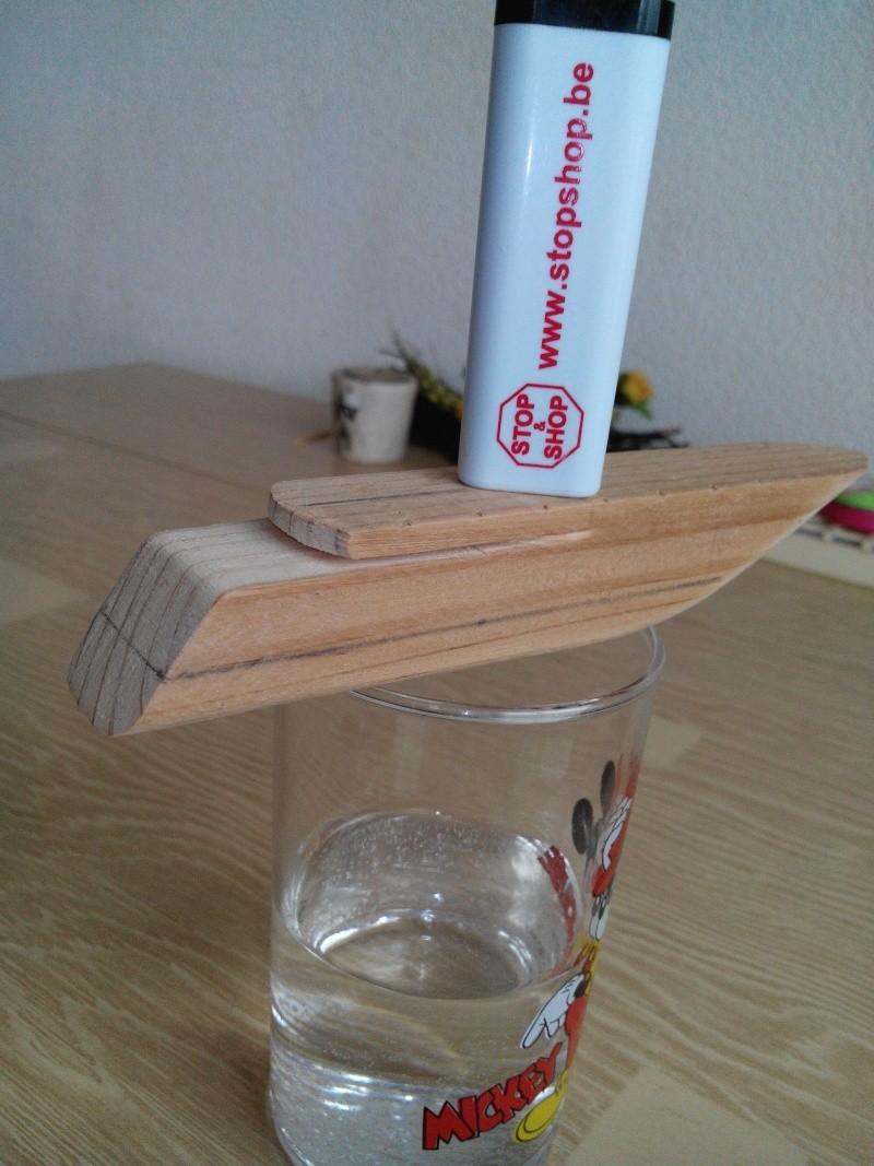 realisation d'un yacht en bois .ech:1/500. Img_2438