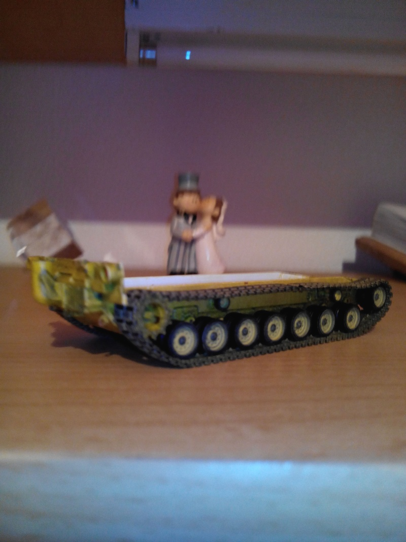 char lourd us.abrams M1 mine roller.1/72 trumpeter. - Page 4 Img_2939