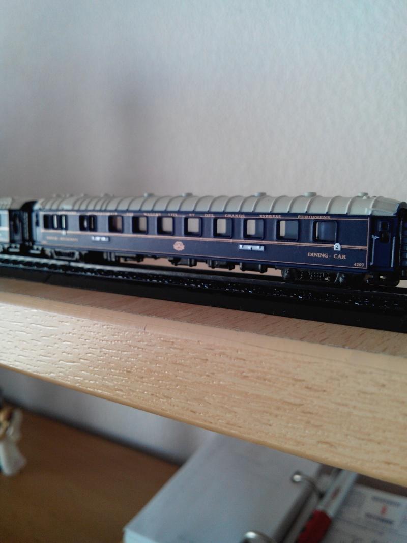 """train bleu.édit atlas.1/220.""""Z"""". Img_2958"""