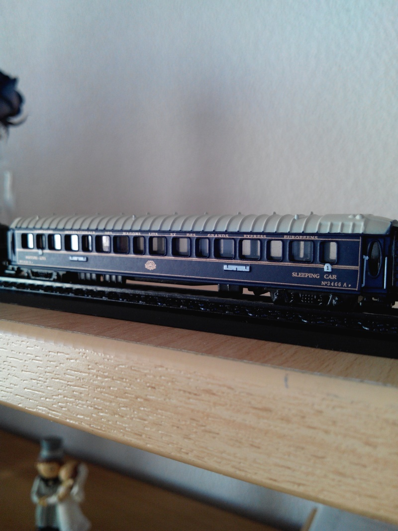 """train bleu.édit atlas.1/220.""""Z"""". Img_2959"""